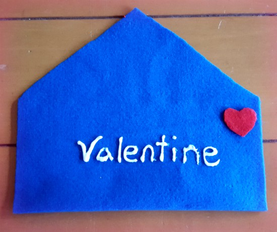 Valentine's Day Kids Letters #valentinesday #kidscraft #craftdestash