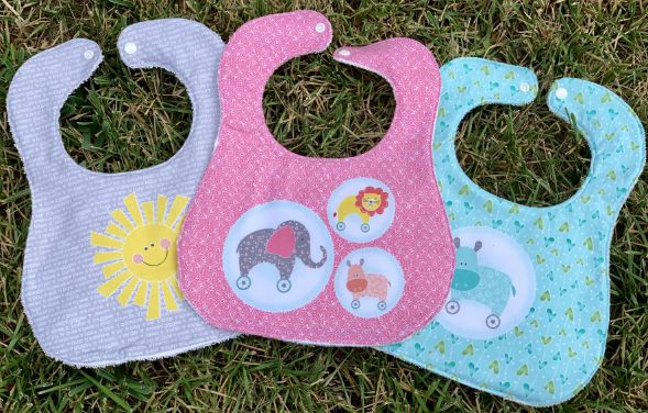 My Little Sunshine Bibs & Burp Cloths from www.thisautoimmunelife.com #craftdestashchallenge #babybibs #easy #sewing